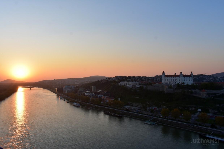 Tradícia v srdci Bratislavy – Hotel Devín ****