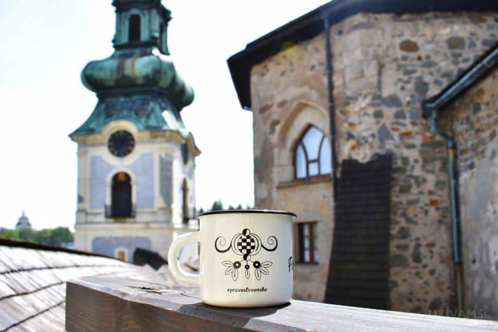 Smalťáčik #praveslovenske na Starom zámku