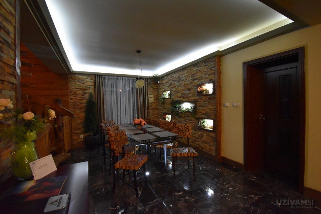 Mountain Resort Chalets - jedáleň