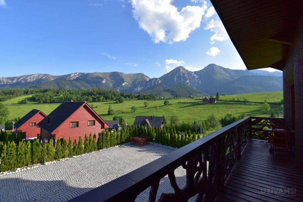 Mountain Resort Apartments - balkón