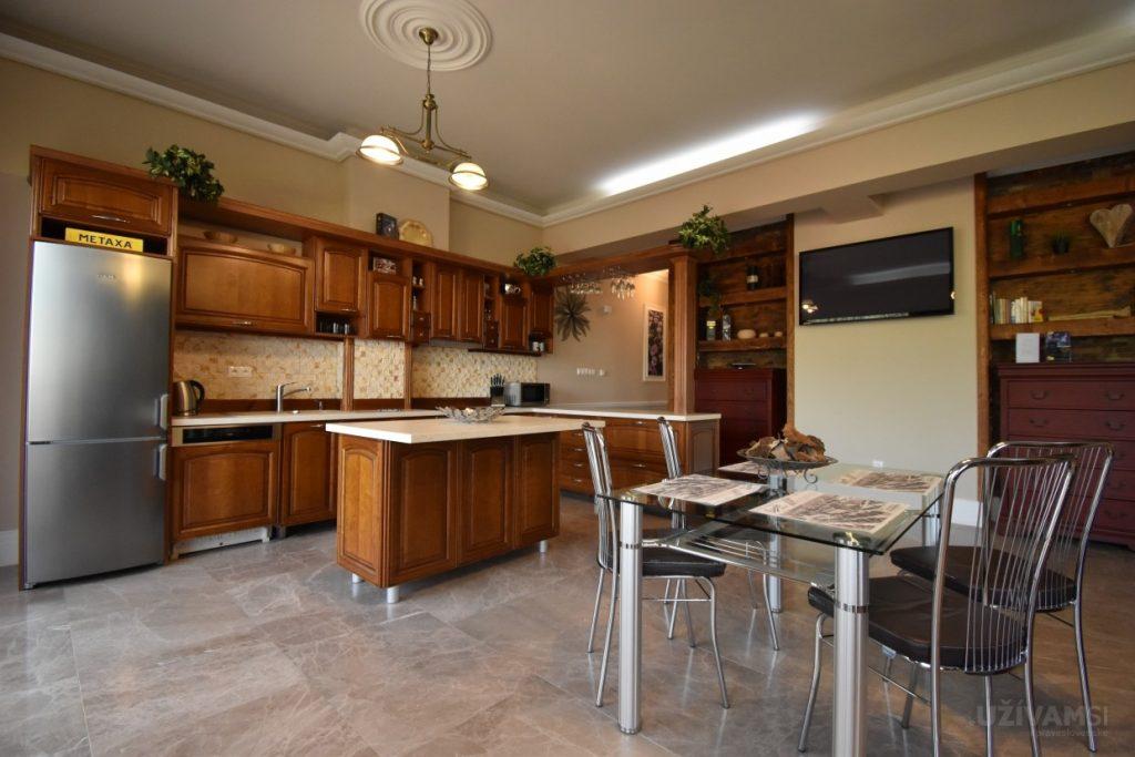 Mountain Resort Apartments - kuchyňa